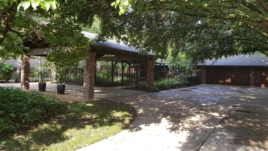 The Knolls Resort