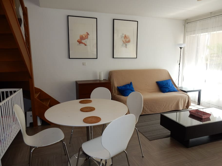 Maison de ville n 1 lofts for rent in grenoble rhone for Maison de ville grenoble