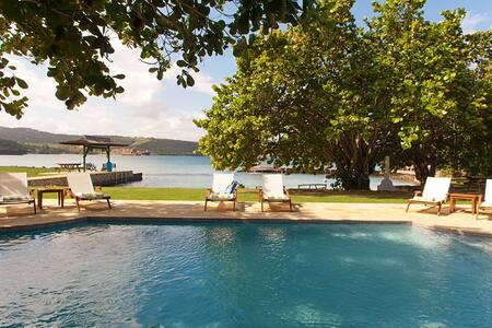 A Summer Place (4 bedrooms) - Discovery Bay