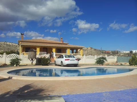 Rent a villa in Spain