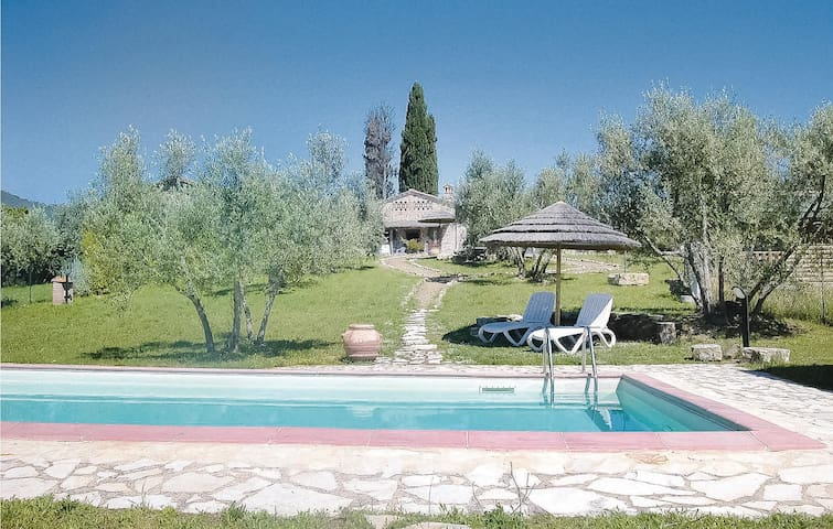 Holiday cottage with 1 room on 40m² in Castelnuovo B.ga SI