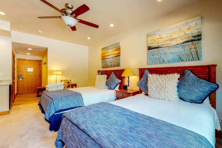 Ski-in/ski-out hotel-style condo w/ minifridge, shared pool and hot tub access!