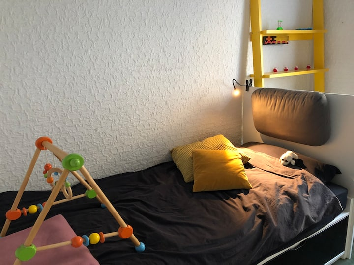 Tiny room in Cologne