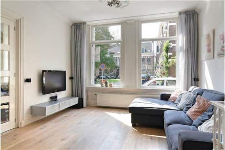 beatiful house, close to beach and Haarlem center
