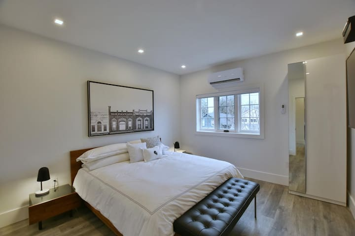 VanderMarck Suite 205 - 1 Bedroom