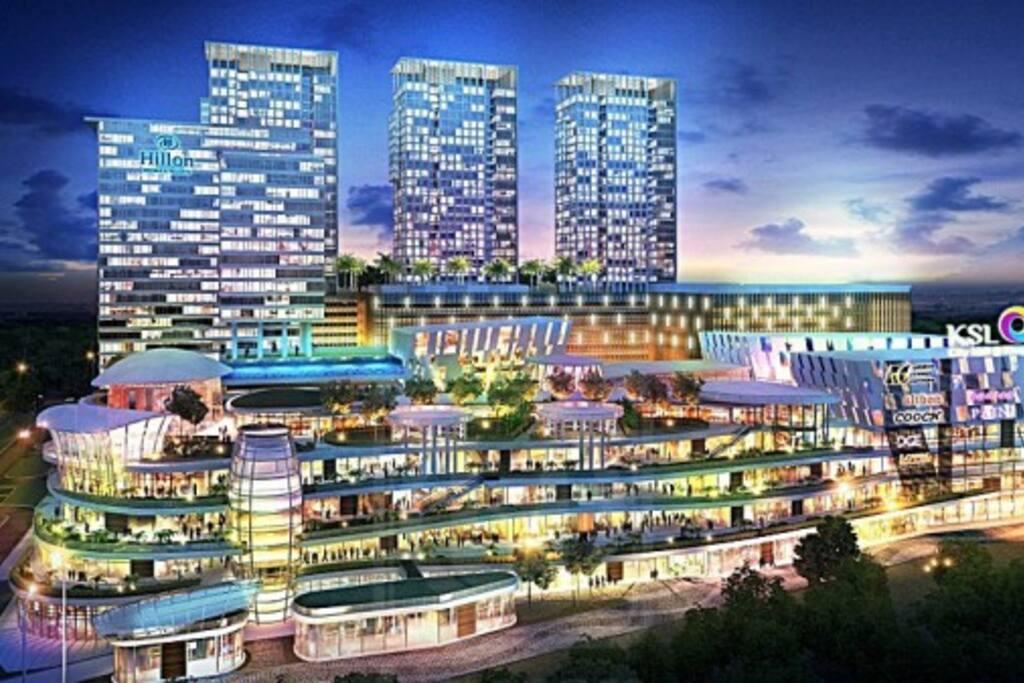 Ksl d 39 esplanade residence condominiums for rent in johor bahru johor malaysia Public swimming pool in johor bahru