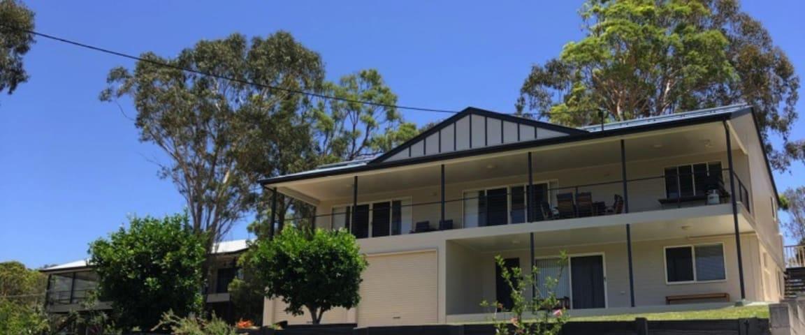 16 meter log balcony