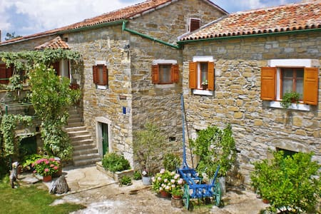 "Stone House ""Bukaleta"" in Istria - Lanišće - Talo"