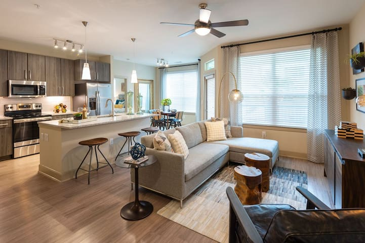 Home away from home | 1BR in Houston