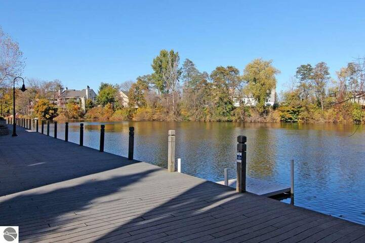 You have access to the River and dock on the Boardman, but our home is across the Private Drive and does not have the River view.