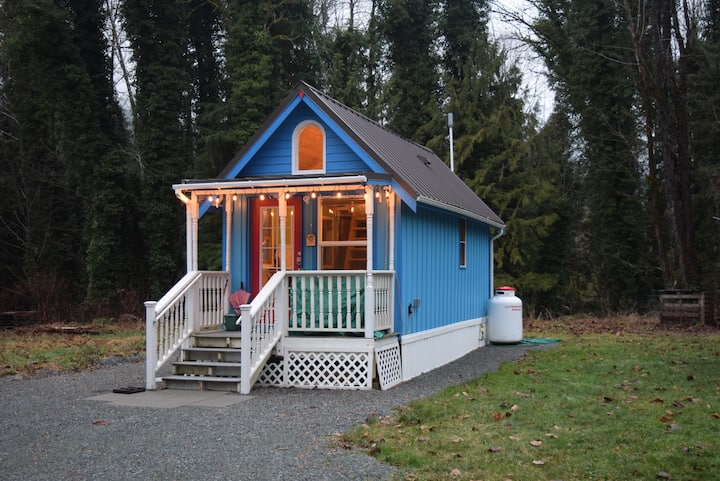 Secluded, conveniently located TinyHouse in Grotto