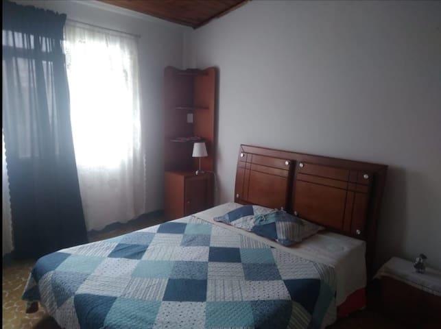 La casa de MARY. acogedora habitación en Armenia.