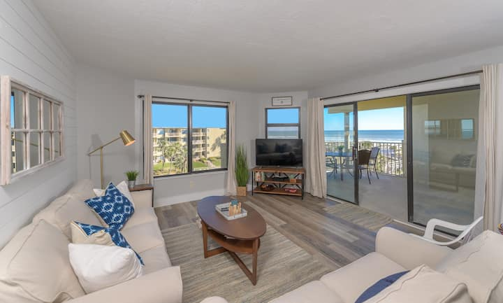 Colony Reef Condo 1406 with an OCEAN VIEW