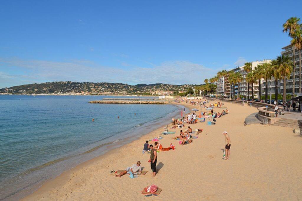 La plage du midi à 5 ' à pieds