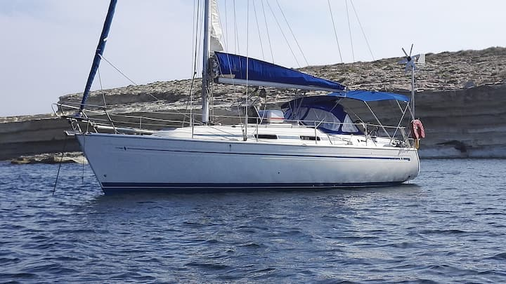 Gelene sailing boat at Marina di Valletta