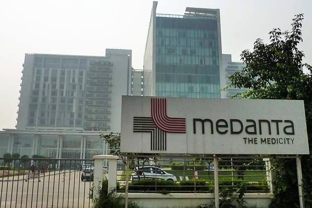 Rooms For Rent Near Medanta Hospital Gurgaon