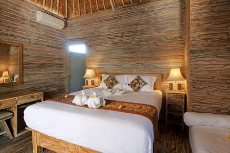 Feel Home @ Nicho's Bungalows & Villas - NV01 - Nusapenida - Villa