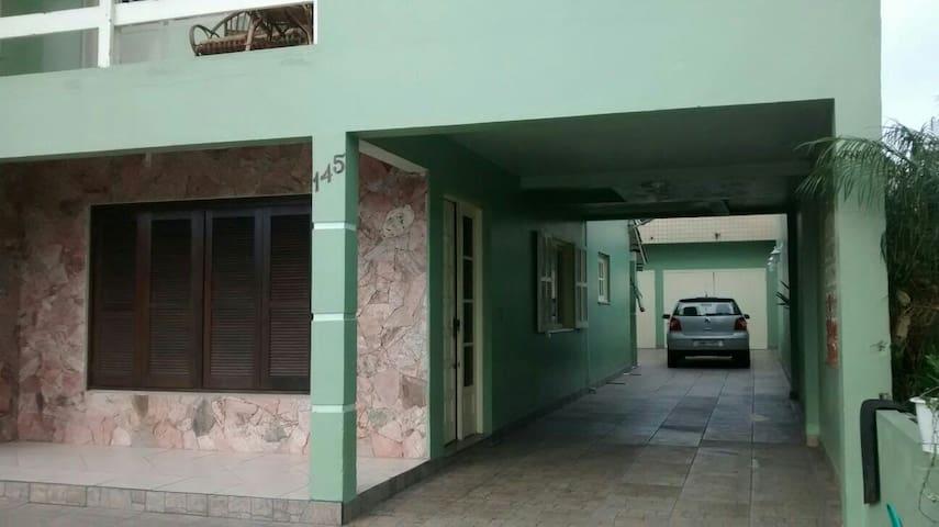 Casa no centro de Torres - Tôrres - Hus