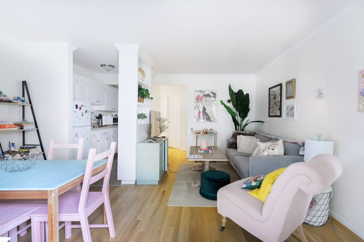 Quirky & cute apartment in Lake Merritt, Oakland