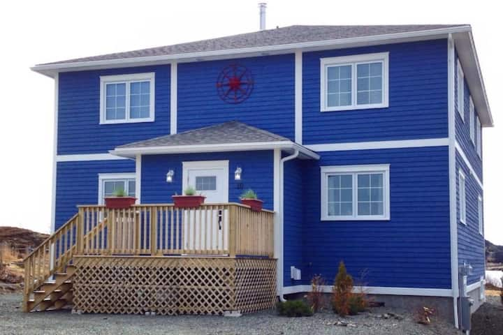 Compass Bed & Breakfast - Newfoundland Room 2