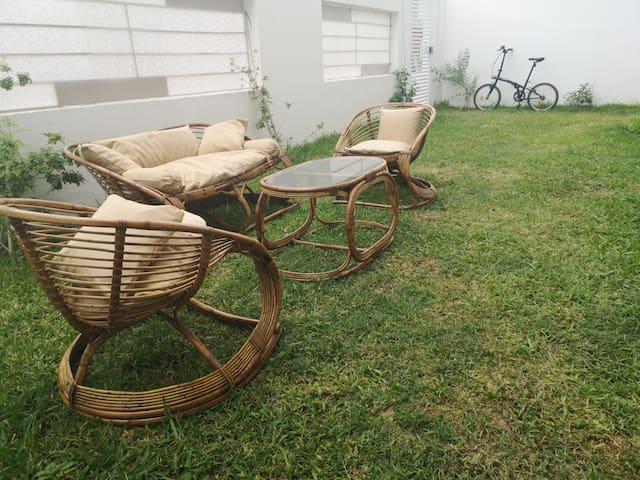 cozy garden apartment