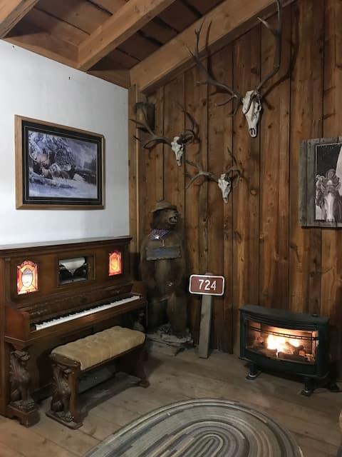 Cowboy Bar at Saul's Creek Stables