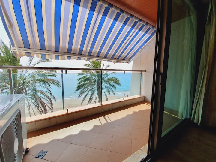 Luxury apartment with sea view Sesimbra beach