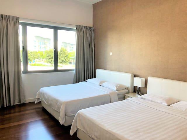 Premier & Spacious 1-Bedroom Apartment@IMAGO Mall