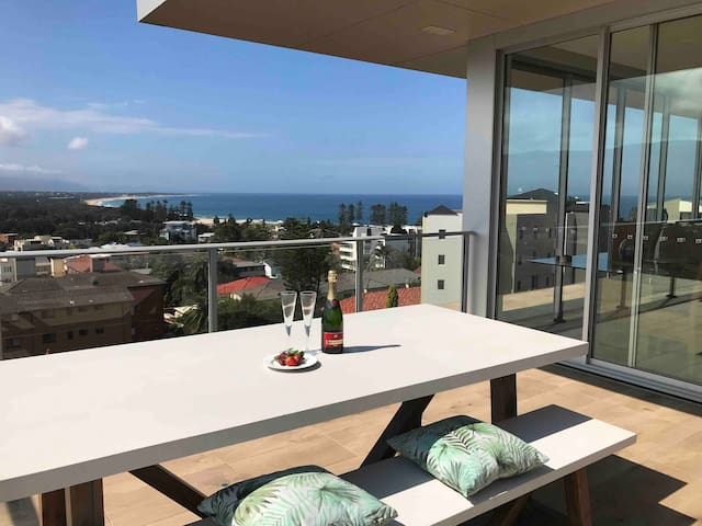 North Wollongong Penthouse Studio Apartment
