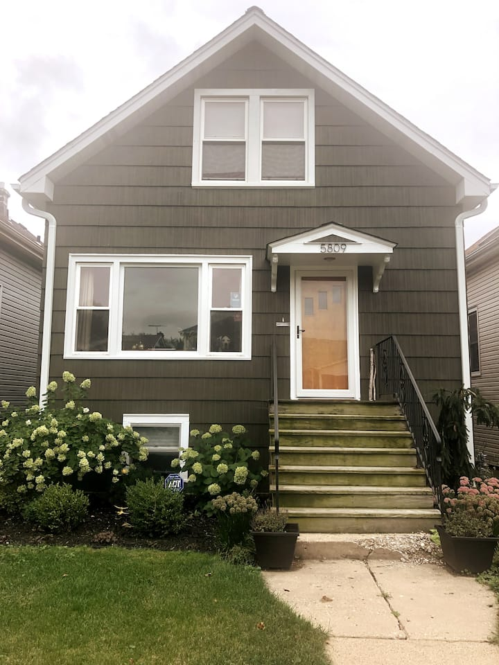 Charming Craftsman Frame Bungalow, In-law Suite