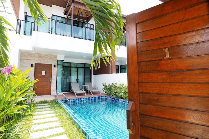 Private pool villa in Kamala, kitchen, washer