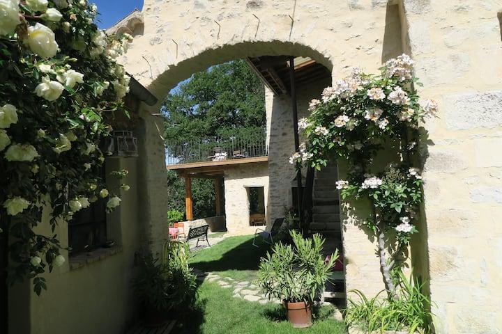 La ferme des Dames, un air de Toscane et lavandes