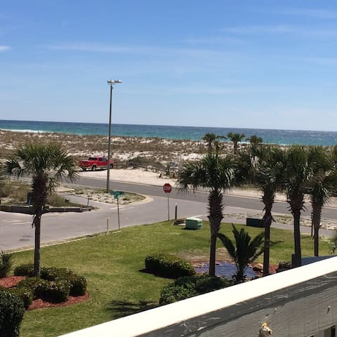 Awesome Condo on Pensacola Beach! - Pensacola Beach - Condominium