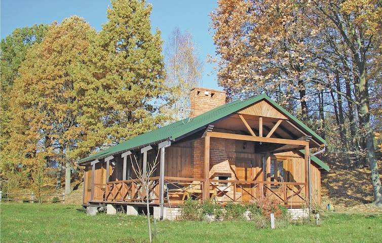 Holiday cottage with 4 bedrooms on 116m² in Swietajno