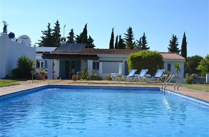 Finca mit großem Pool - Chiclana de la Frontera - Rumah