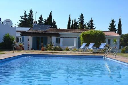 Finca mit großem Pool - Chiclana de la Frontera - Talo