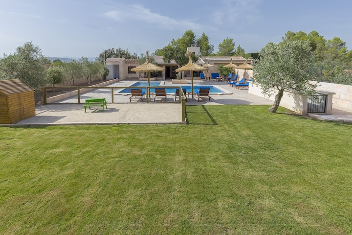 Son Ullastre: Superb stylish finca with pool