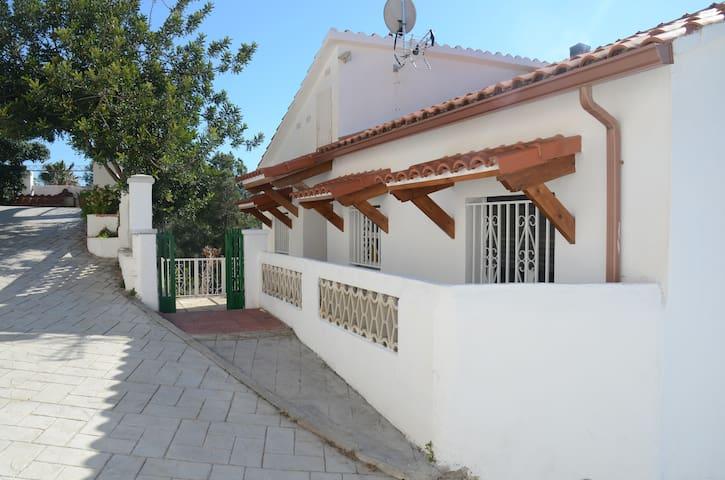 Relajante casa rural - Roda de Berà - Hus
