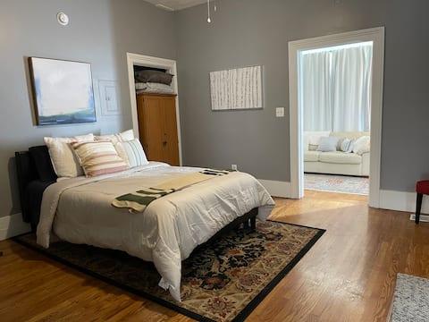 Convenient Apartment to Downtown!