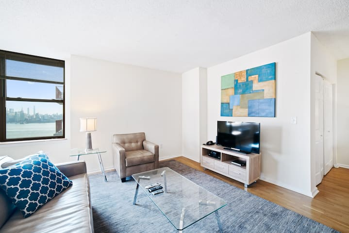 Hoboken 1B Apt | Close to NYC Hospitals | by GLS