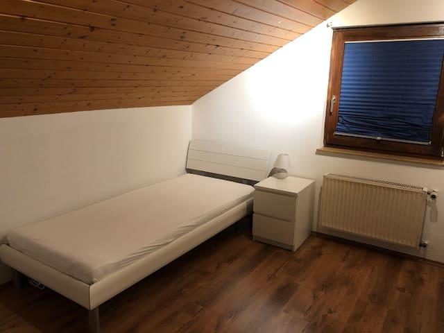 Praktisches Zimmer für Vorübergehend.