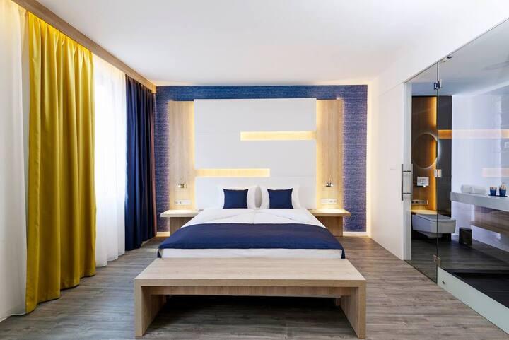 Smart KViHotel - Superior Double Room