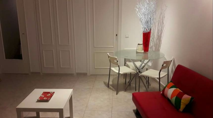 1 Bedroomed Town Centre Apartment - Sitges - Wohnung