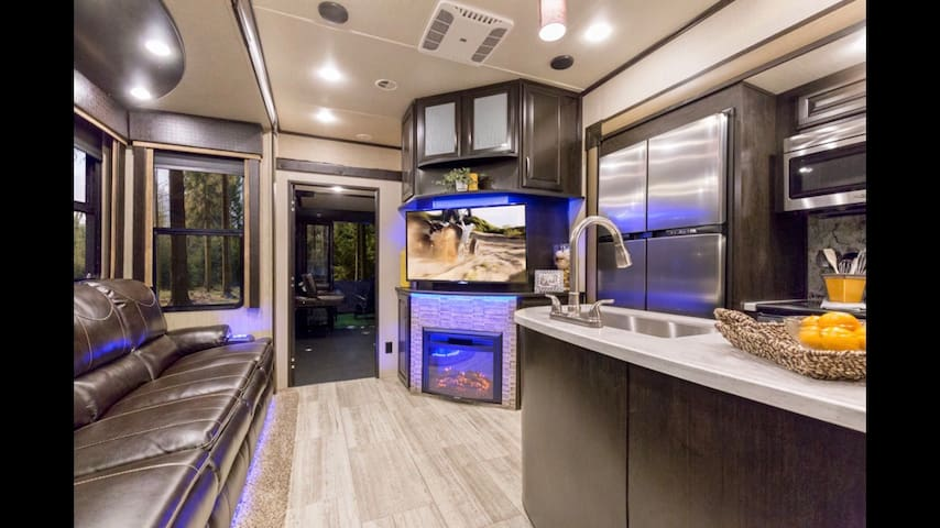 Luxury RV @ Lagoon or Cherry Hill locations.