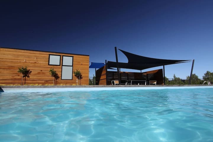 Pinot Grove Sanctuary - Pool Access - Martinborough - Σπίτι