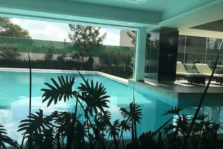 Executive 3room w/pool 5min IPADE - Mexiko-Stadt - Wohnung