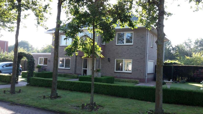 Lelystad B&B Hollandse Hout 90