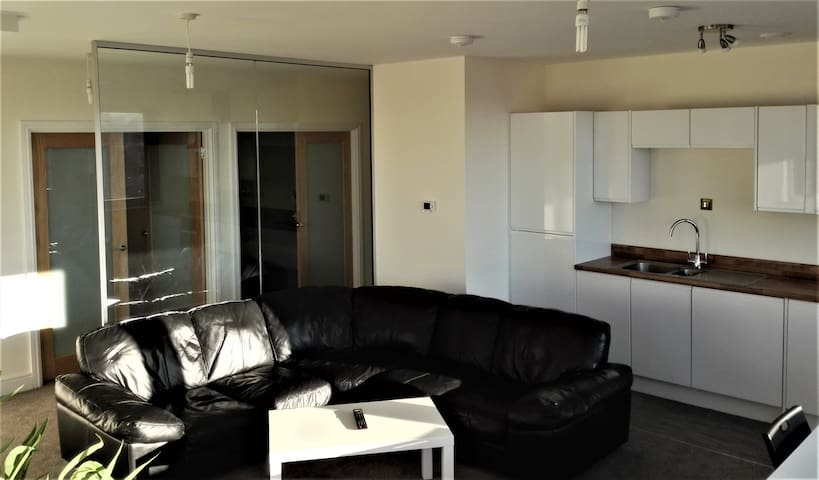 2 Bed Apartments - Swindon - Wohnung