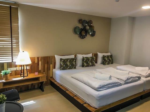Triple room near Khaosan Rd. with free breakfast