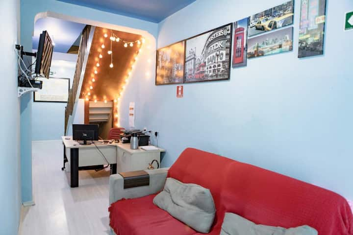 Blau Hostel double twin room with private bathroom